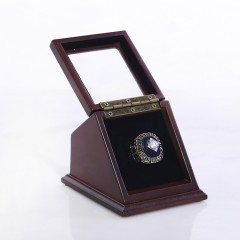 MLB 1984 Detroit Tigers World Series Championship Replica Fan Ring with Wooden Display Case