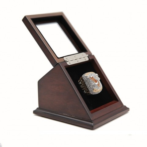 NHL 2017 Pittsburgh Penguins Stanley Cup Championship Replica Fan Ring with Wooden Display Case