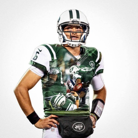 New York Jets Mark Sanchez Football Wall Posters with 6 Sizes Unframed