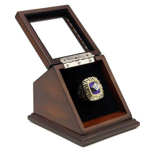 MLB 1986 New York Mets World Series Championship Replica Fan Ring with Wooden Display Case