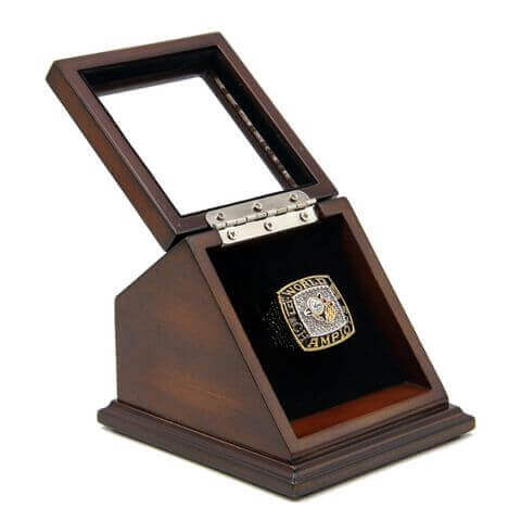 MLB 1993 Toronto Blue Jays World Series Championship Replica Fan Ring with Wooden Display Case