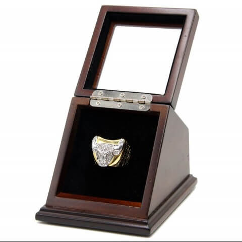 NBA 1997 Chicago Bulls 18K Gold Plated with zircon inlaid Replica Championship Fan Ring