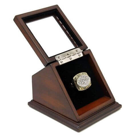 NFL 1981 Super Bowl XVI San Francisco 49Ers Championship Replica Fan Ring with Wooden Display Case