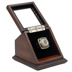 NFL 1996 Super Bowl XXXI Green Bay Packers Championship Replica Fan Ring with Wooden Display Case