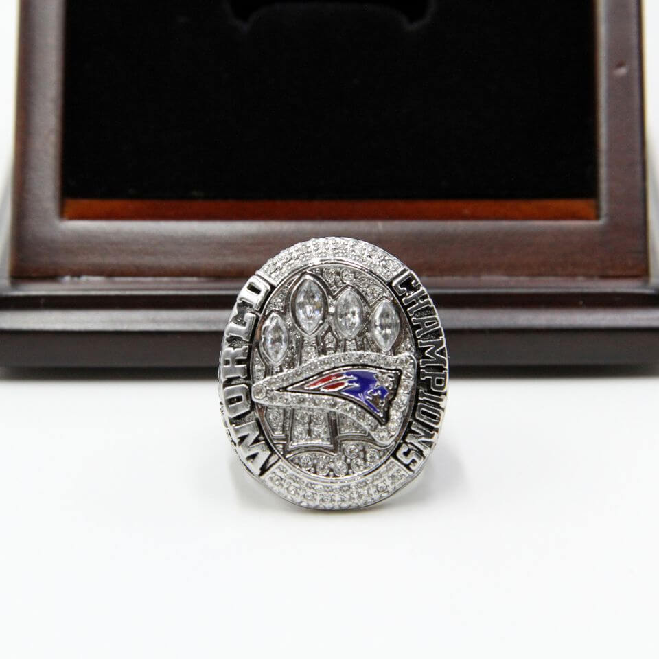 NFL 2014 Super Bowl XLIX New England Patriots Championship Replica Ring