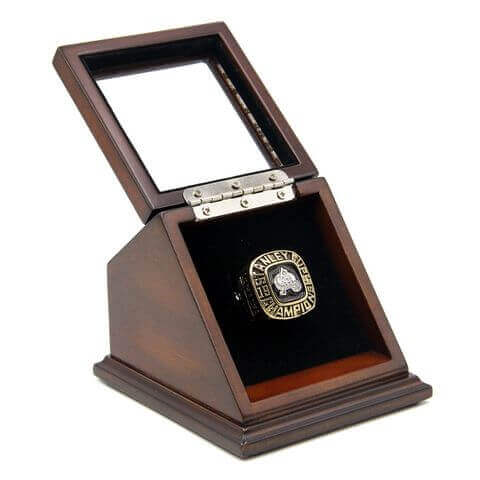 NHL 1996 Colorado Avalanche Stanley Cup Championship Replica Fan Ring with Wooden Display Case