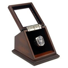 NHL 2004 Tampa Bay Lightning Stanley Cup Championship Replica Fan Ring with Wooden Display Case