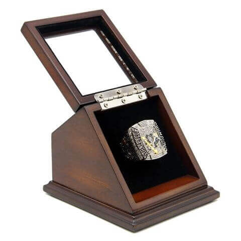 NHL 2009 Pittsburgh Penguins Stanley Cup Championship Replica Fan Ring with Wooden Display Case